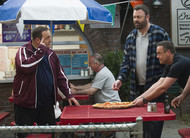Kevin Can Wait: financiamento de food truck no trailer do 10º episódio