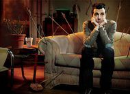 Man Seeking Woman: FXX cancela comédia após 3 temporadas