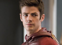 The Flash: Grant Gustin publica foto do set da 4ª temporada vestindo uniforme do herói