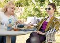 As Trapaceiras: trailer legendado da comédia com Anne Hathaway e Rebel Wilson